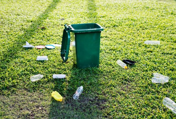 Știați Că Materialele Plastice…