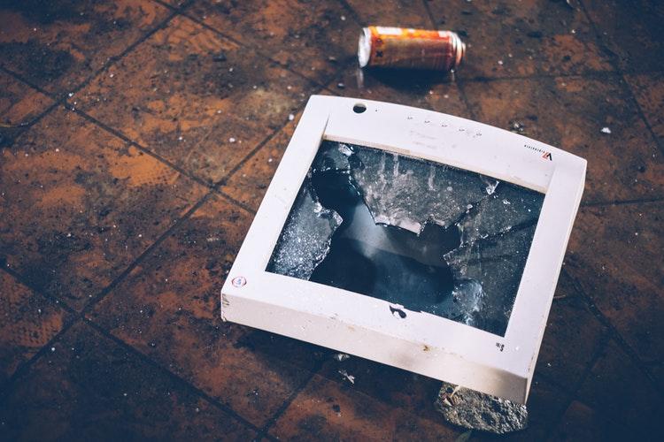 Cum Reciclezi Deșeurile De Echipamente Electrice și Electronice (DEEE)?
